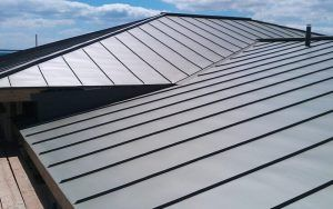 metal roof in san antonio on a commercial business